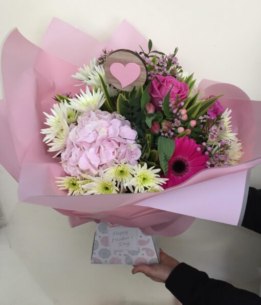 mothers day flowers delivered bouquet pink